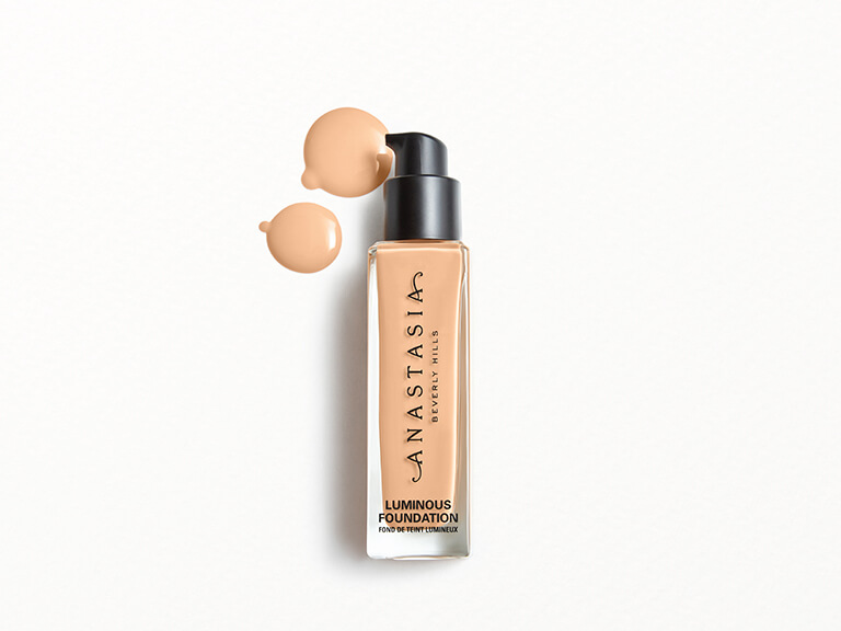 ANASTASIA BEVERLY HILLS Luminous Foundation in 140N