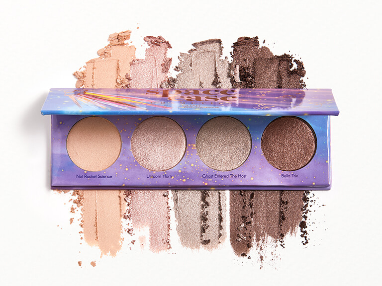 SPACE CASE COSMETICS Eyeshadow Quad