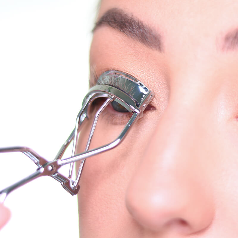 October 2020 How To Curl Lashes Story Module
