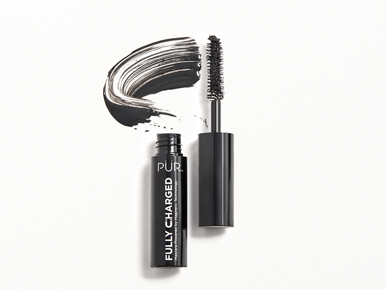 PÜR Fully Charged Mascara Mini in Black
