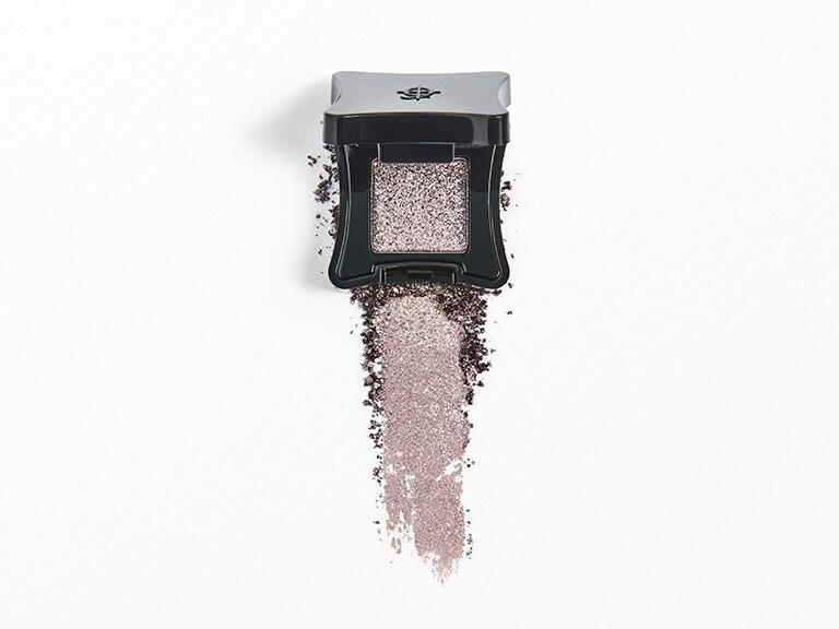 ILLAMASQUA Powder Eyeshadow in Invoke