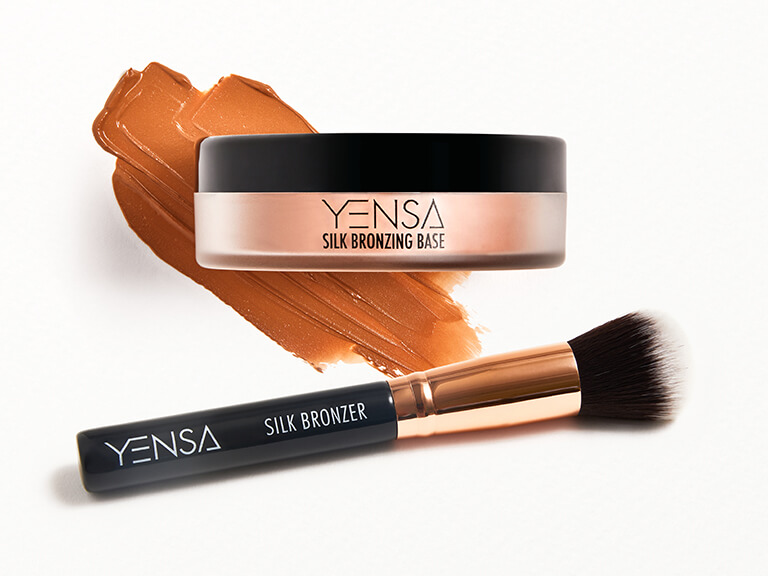 YENSA Silk Bronzing Base and Brush