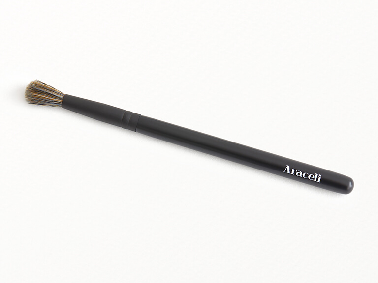 ARACELI BEAUTY Grande Blending Brush