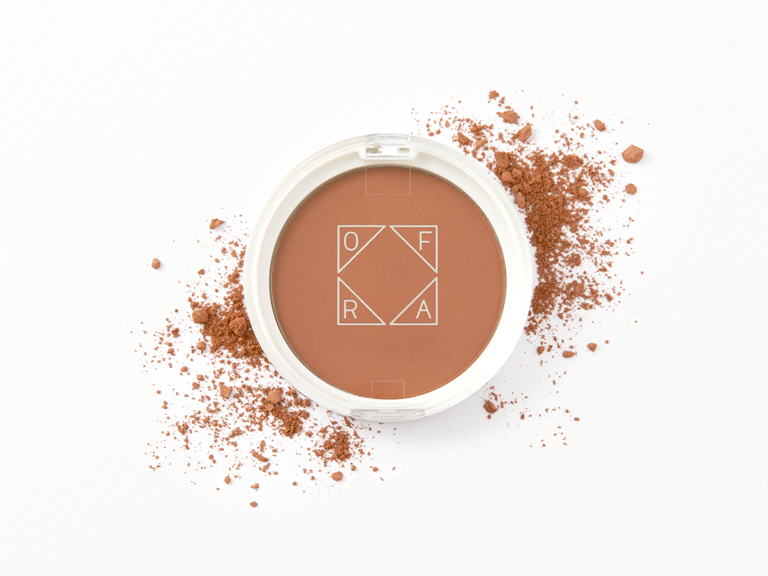 Ofra Cosmetics Bronzer in Versatile Matte with swatch