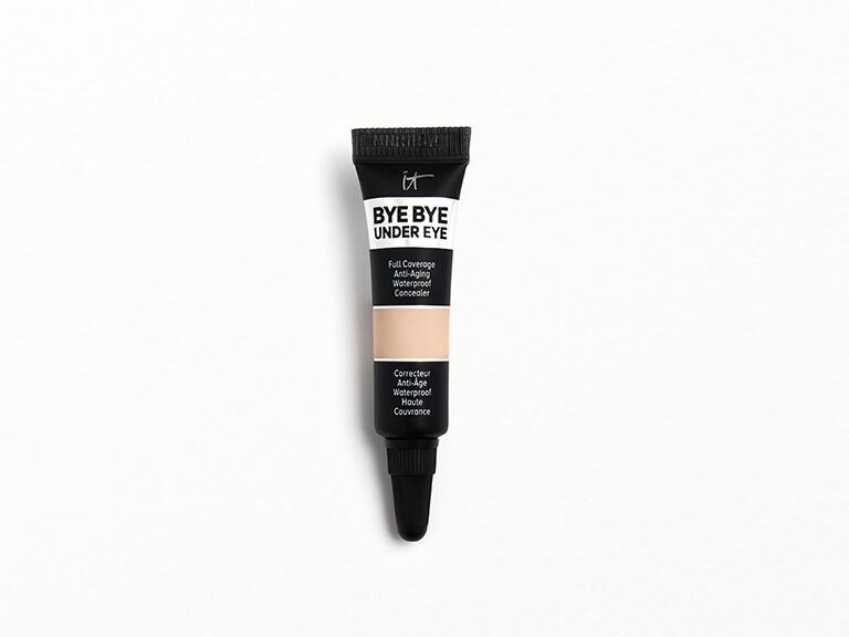 IT COSMETICS Bye Bye Under Eye Anti-Aging Concealer in 20.0 Medium