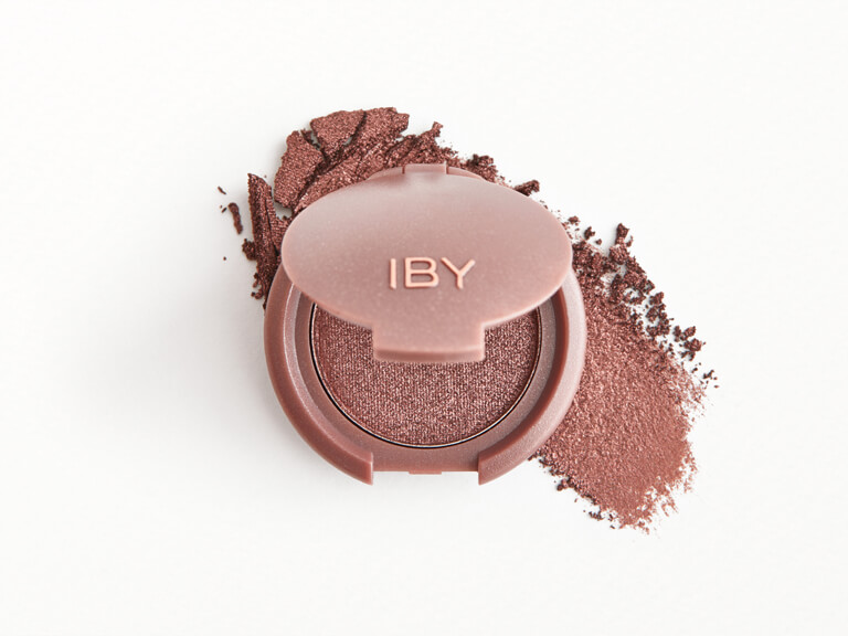 IBY BEAUTY Eyeshadow in Headliner