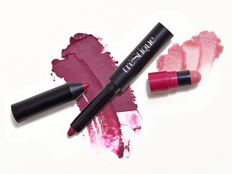 TRÈSTIQUE Matte Color Shiny Balm Lip Crayon in Belize Bordeaux Grenache Balm
