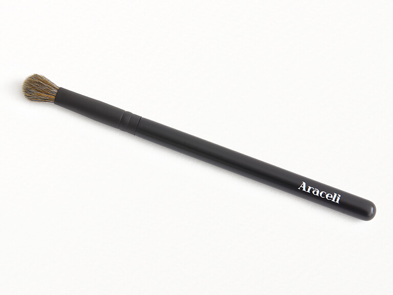 ARACELI BEAUTY Chiquita Blending Brush